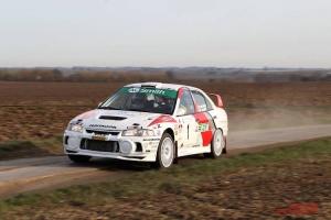 Piet Van Hoof wint super spannende Rally van Hannuit