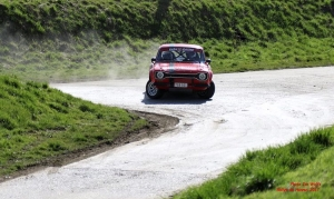 Ford Pinto Cup: Koen Verhaeghe opent met zege in Rally van Hannuit